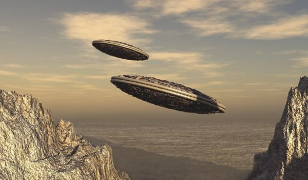 UFO sightings, evidence, abductions and photographs